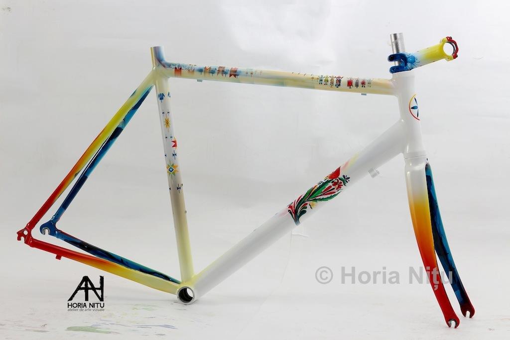 horia-nitu-bicicleta-folclor-custom-paint-03